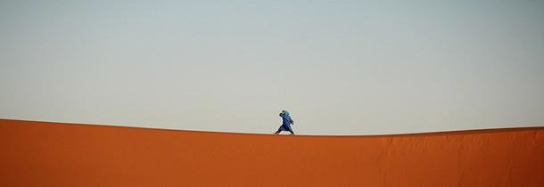 Trek dans un désert marocain: les équipements incontournables