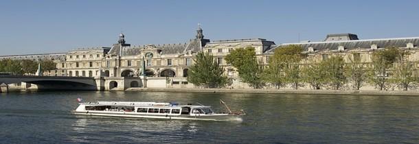 Surprenez la pour la saint valentin avec une croisière sur la Seine