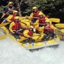 Amateurs de sensations fortes faite du rafting !
