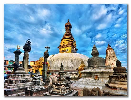 Swayambhunath_in_Kathmandu_Valley,_Nepal