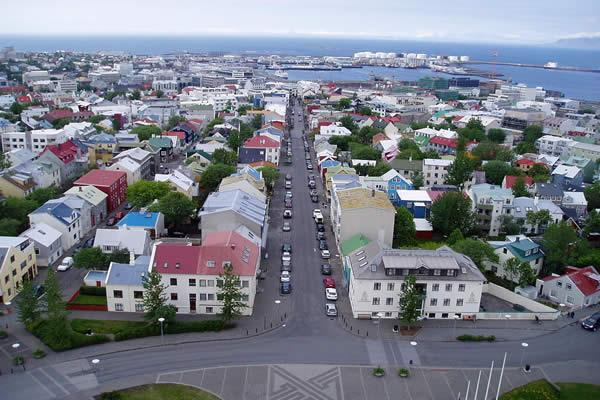 islande_rekjavik_du_haut_de_la_cathedrale