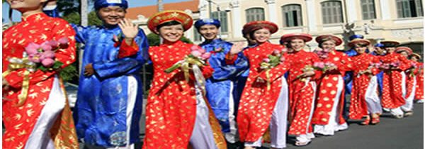 Ao Dai: costume traditionnel vietnamien