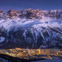 Skier sur le toit de l'Europe: le mont Blanc, sommet mythique dans la vallée de Chamonix
