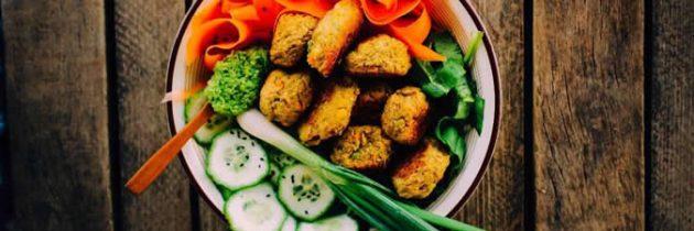 Comment conserver une alimentation saine en voyage ?