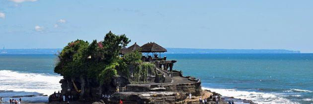 Explorer de majestueux temples lors d'un séjour à Bali