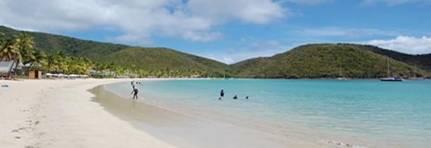 Antigua, une plage différente par jour pendant un an…