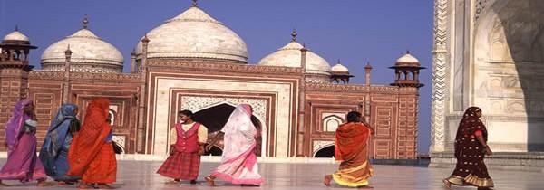La valise à préparer pour un voyage en Inde