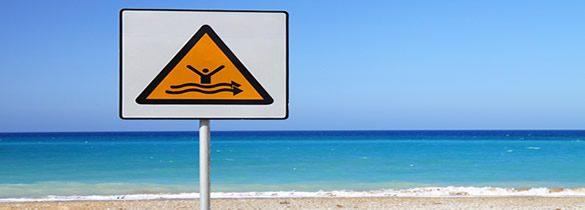 Éviter les dangers de la mer et de la plage pour des vacances réussies