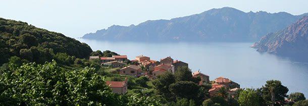 Quelle est la meilleure période pour faire du camping en Corse ?