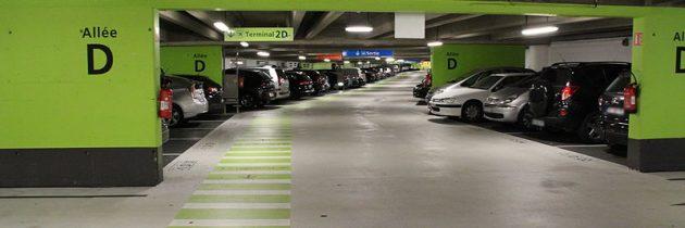 Partir en voyage : pourquoi devons-nous choisir un parking proche de l'aéroport?
