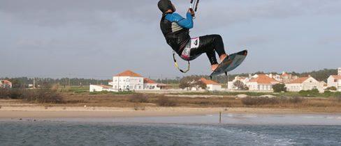 Des étapes essentielles pour apprendre le kitesurf